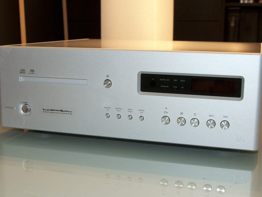 Luxman D-08 cd/sacd player REDUCED