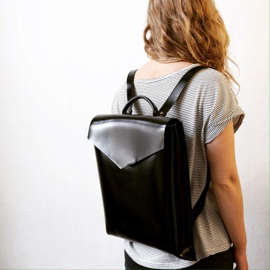 Кожаный рюкзак Envelope Gloss Black