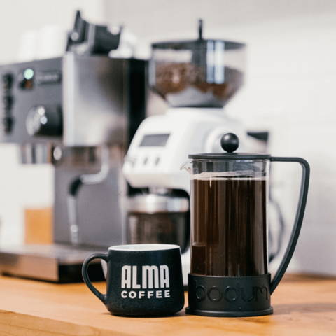 brewing alma coffee in a french press