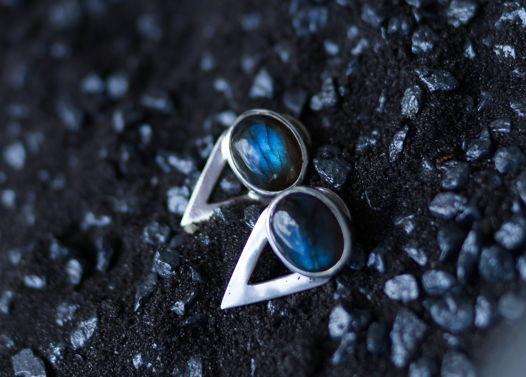 """Серьги с синими лабрадоитами из коллекции """"La Comtesse"""""""
