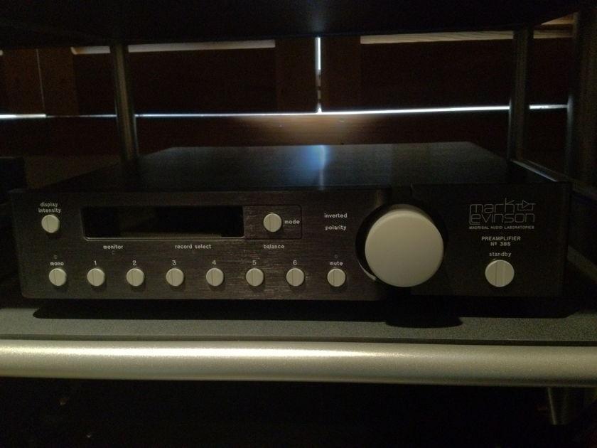 Mark Levinson 38s Pre-amplifier