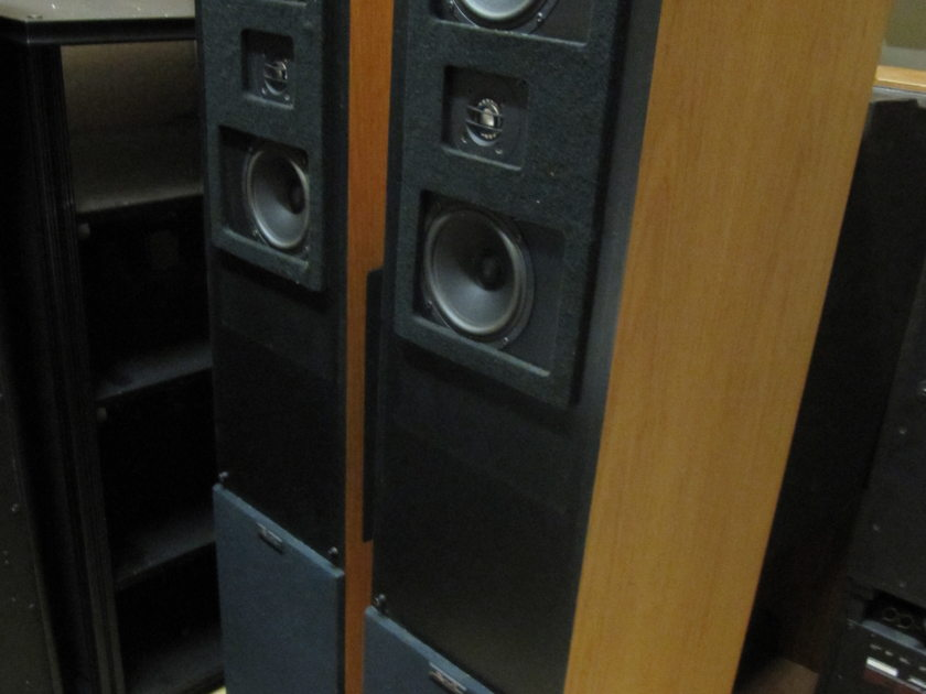 Snell  MODEL B MINOR VERY RARE 3 WAY-5 DRIVERS SPEAKER SYSTEM