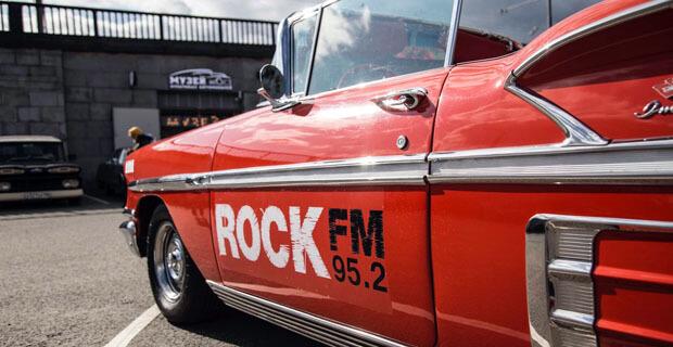 Автопробег ROCK FM 95,2 перенес москвичей в «рокерские» шестидесятые - Новости радио OnAir.ru