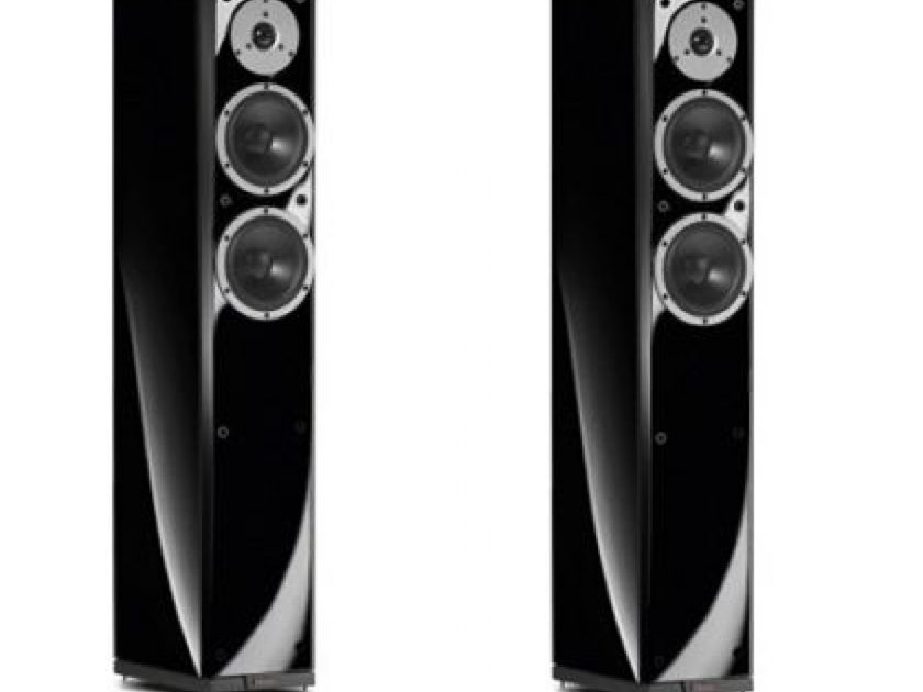 Dynaudio Excite X32 Gloss Black