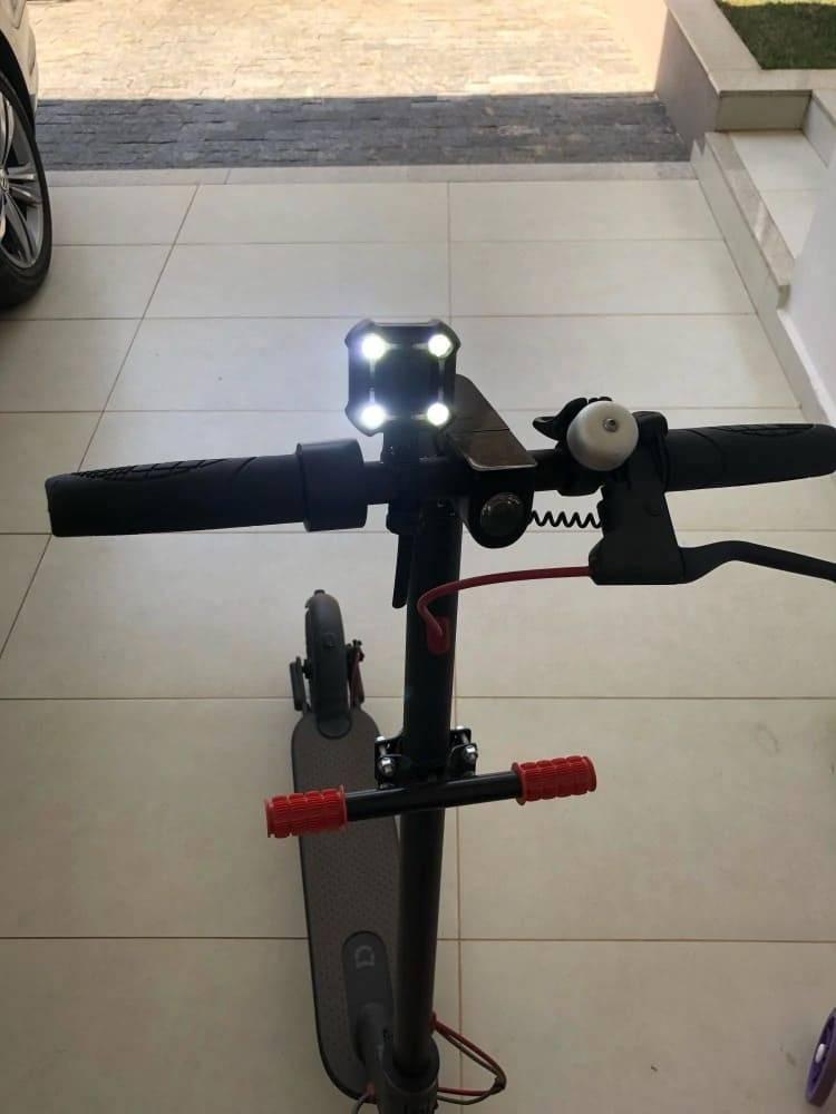 lampe trottinette carre klaxon 120db