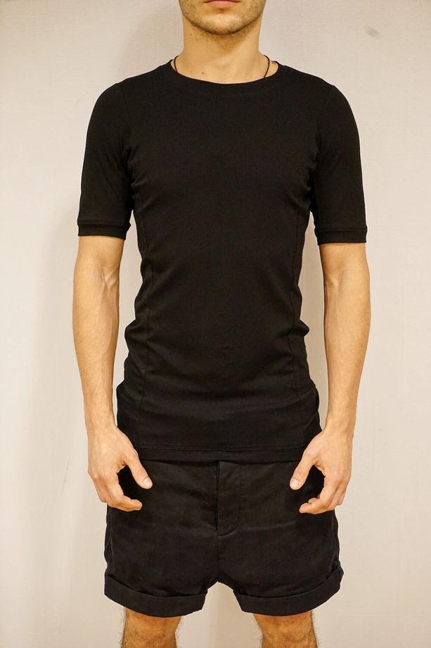 футболка дизайнерская концептуальная