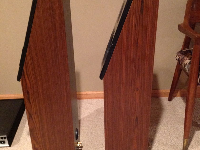 Meadowlark Kestrel Speakers & Pestral center channel - Over 65% OFF!- Amazing sound for $385 - See pics - Stunning Mahogany finish!