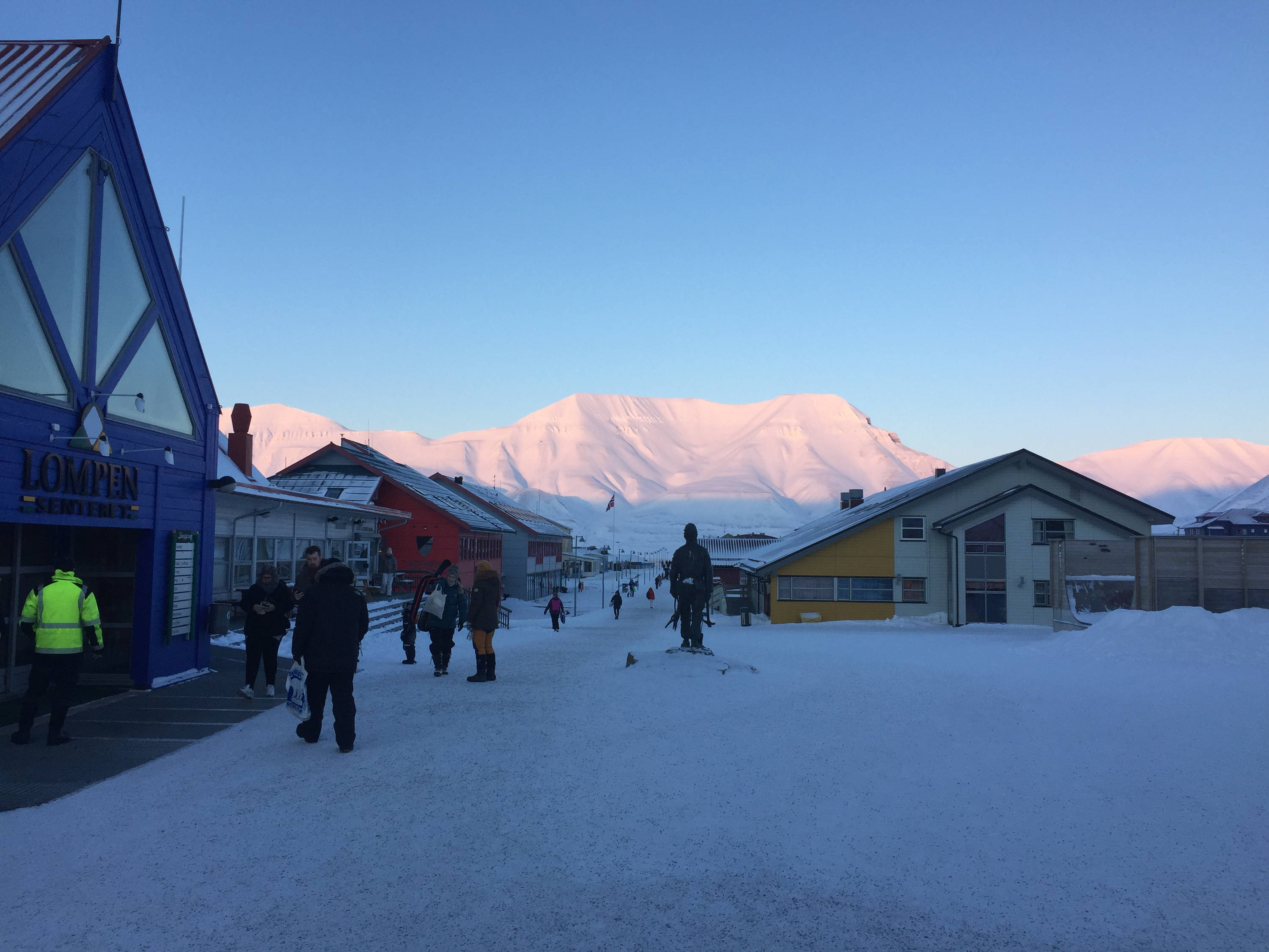 Downtown Longyearbyen and mountain during winter
