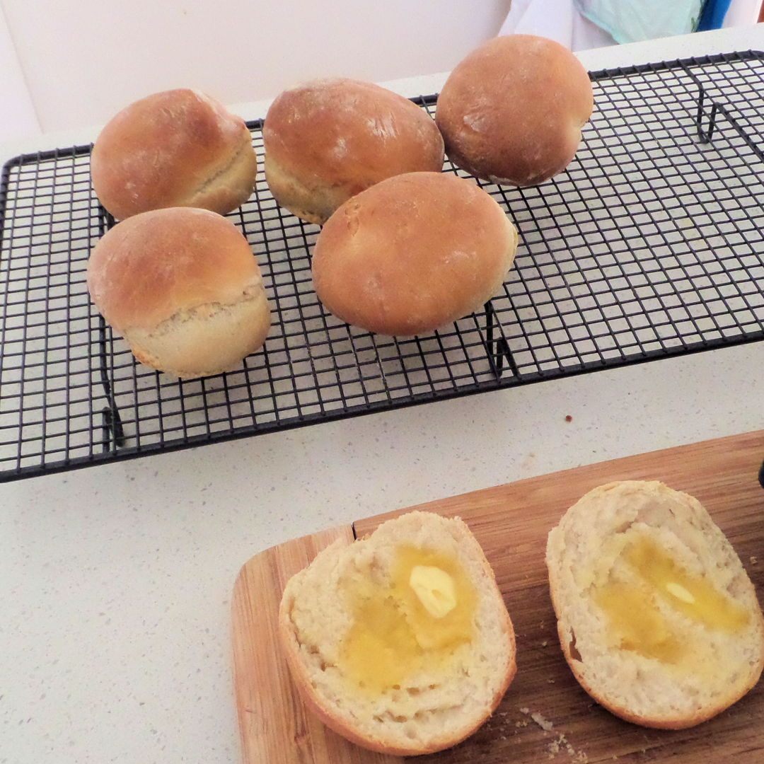 Breakfast Rolls (Scottish Baps)