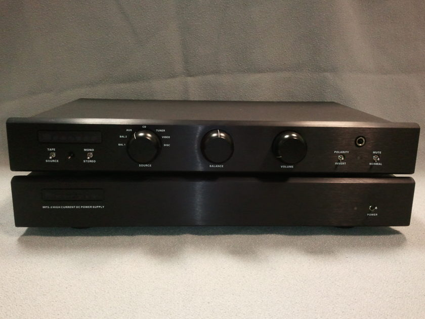 Bryston BP-26 Preamplifier w/MPS-2 power supply
