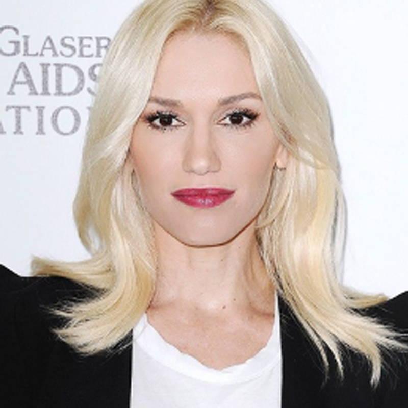 Platinum Blonde Hair - Ivory Skin Tone