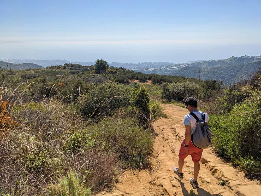 Hike to Skull Rock in Temescal Gateway Park Pacific Palisades