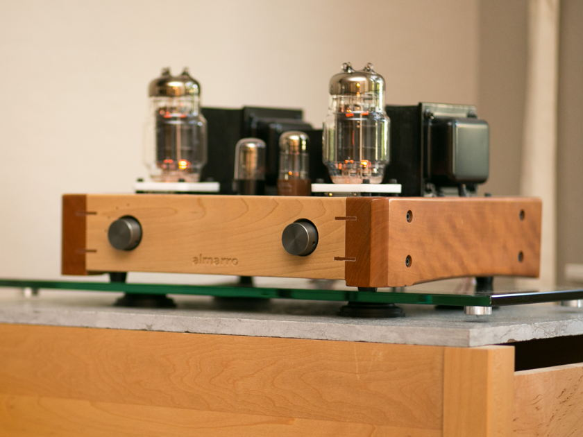 Almarro A318B Integrated Amplifier