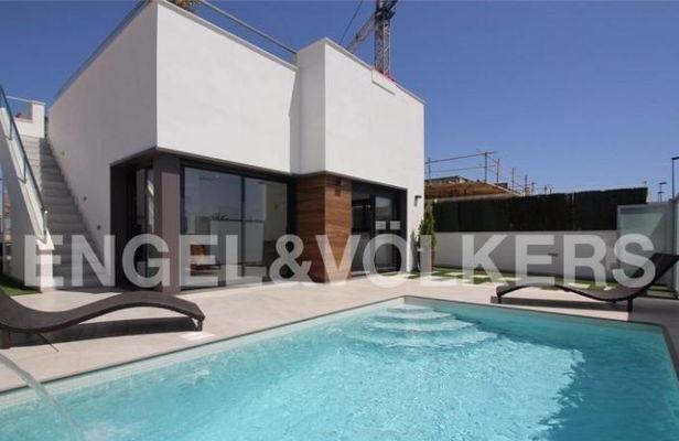 Freistehende Villa Mit Pool In Roda Golf Haus, Kauf | Spanien, Costa  Blanca, Orihuela Kaufpreis: 199.000 EUR Details