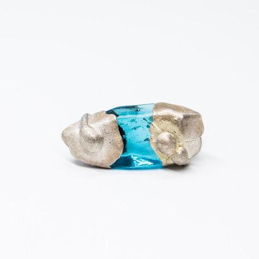 Кольцо из синего стекла Рыба-молот в синем
