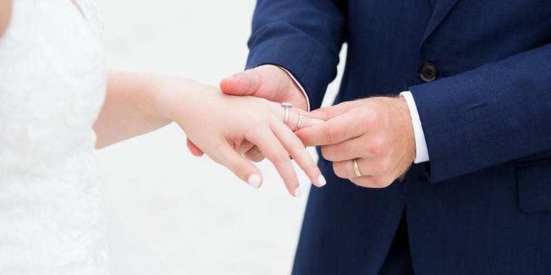 Wearing Your Engagement Ring on Wedding Day