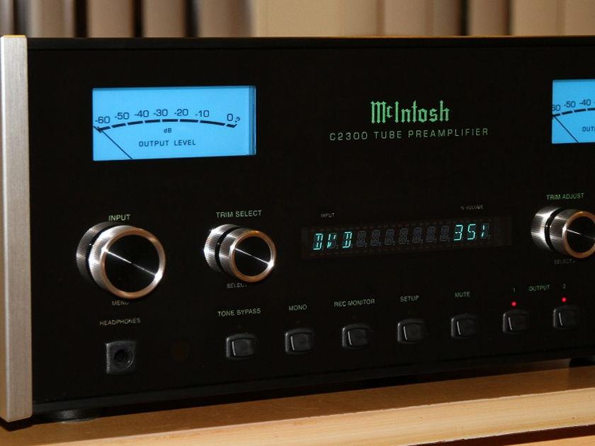 McIntosh C2300 Mint Condition Pre-amplifier