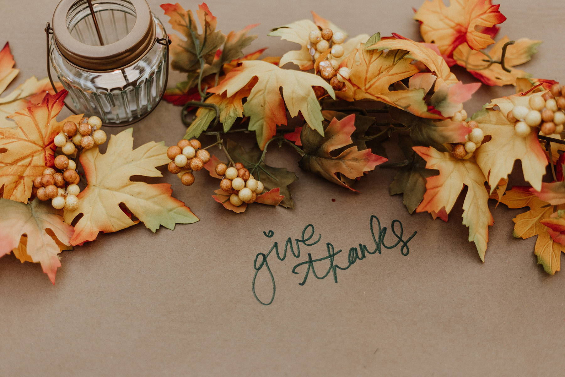 Thanksgiving themed photo of table set with message of giving thanks_Photo by Priscilla Du-Preez