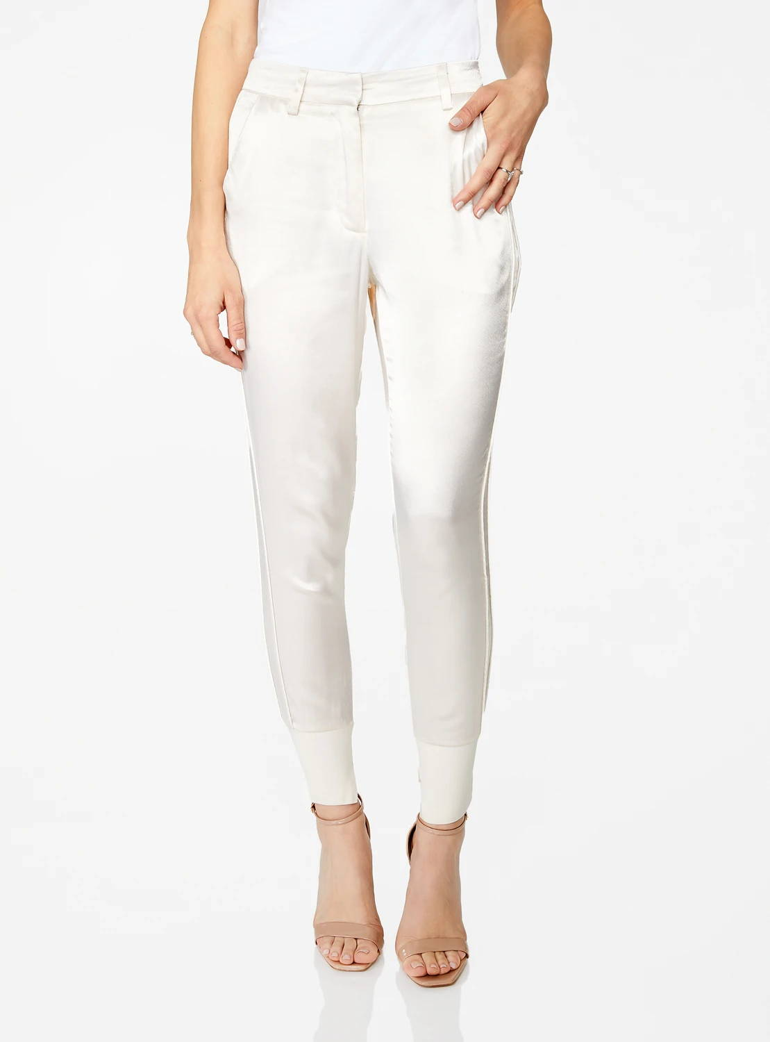 High Waisted Jogger in Creme