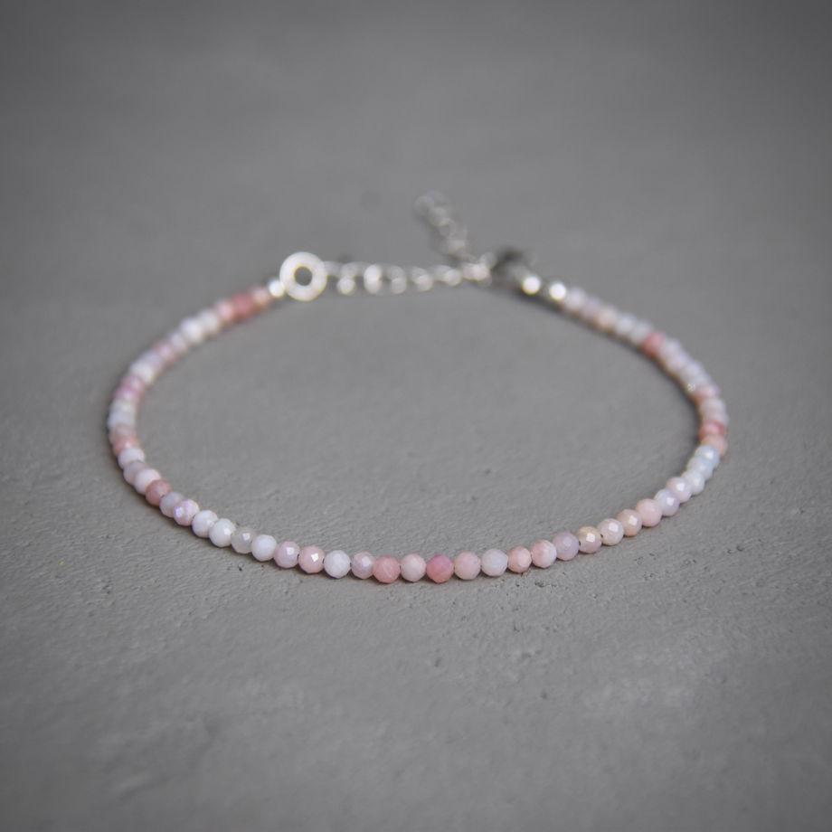 Браслет из розового опала с серебром 925