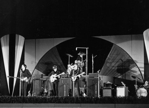 AUG 1964