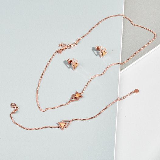 Браслет из  серебра 925 пробы, покрытого розовым золотом 14К коллекция двойной треугольник