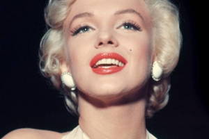 Famous Bis: Marilyn Monroe