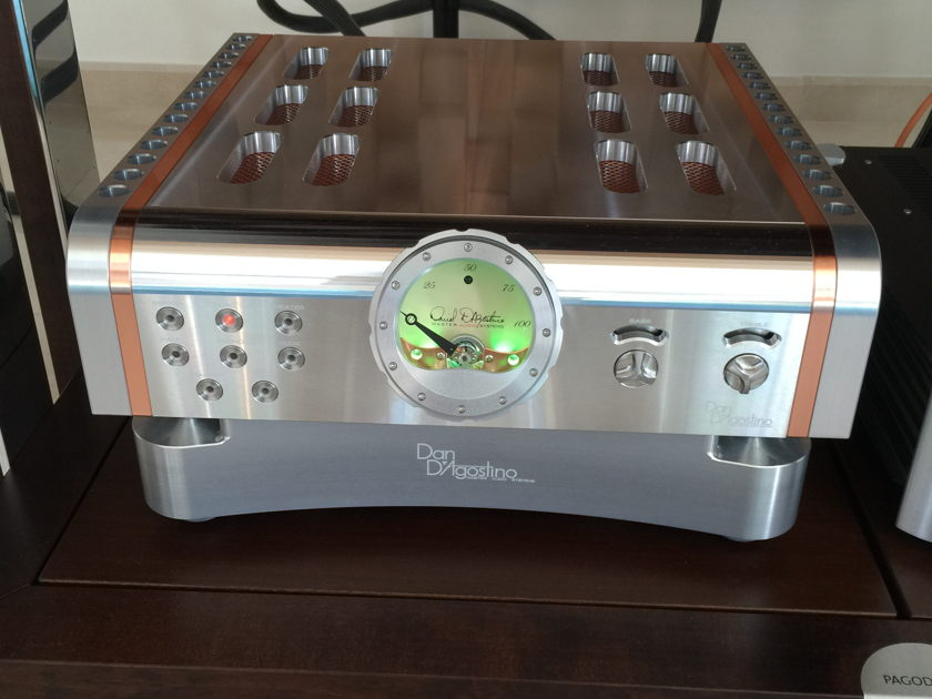 Dan D,Agostino Inc. Momentum Integrated Amplifier Mint Condition (220v)