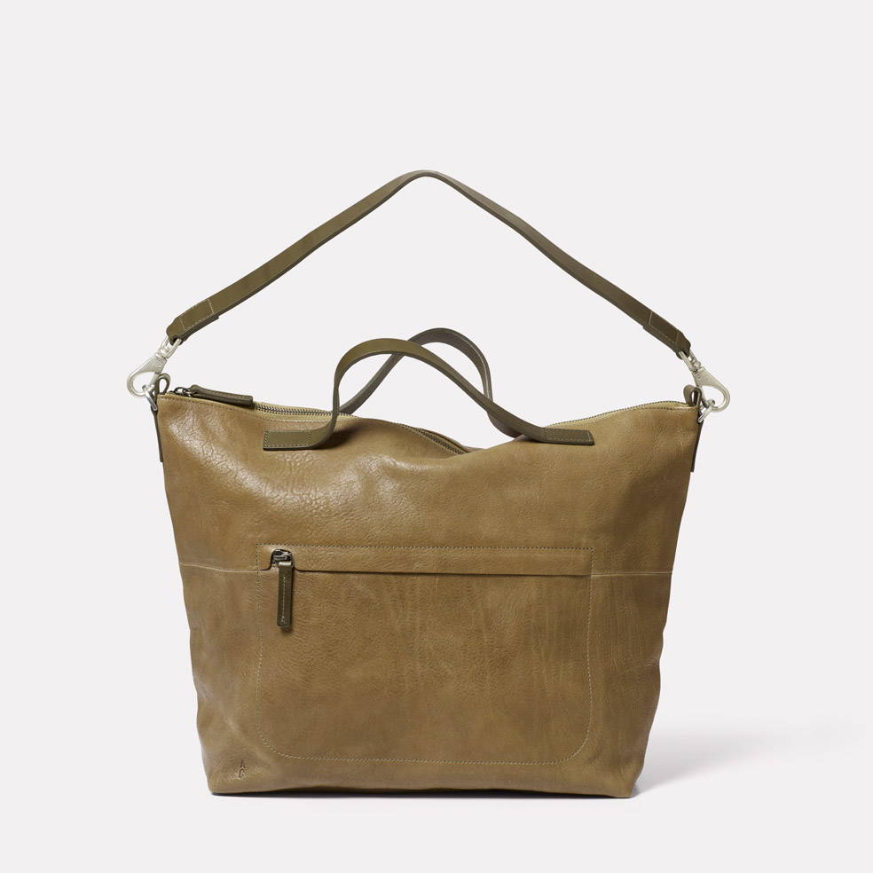 Nichol Leather Holdall in Moss