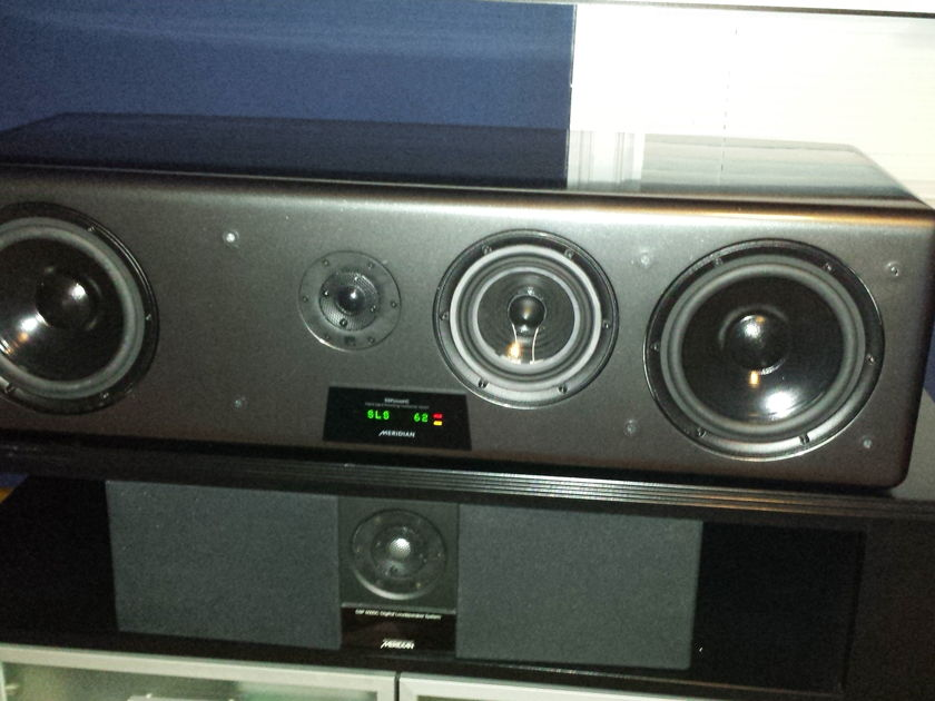 Meridian DSP7200.2 center channel in graphite