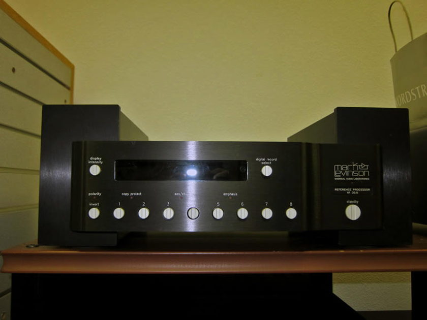 Mark-Levinson No. #30.6 DAC With ML PLS-33 Power Supply
