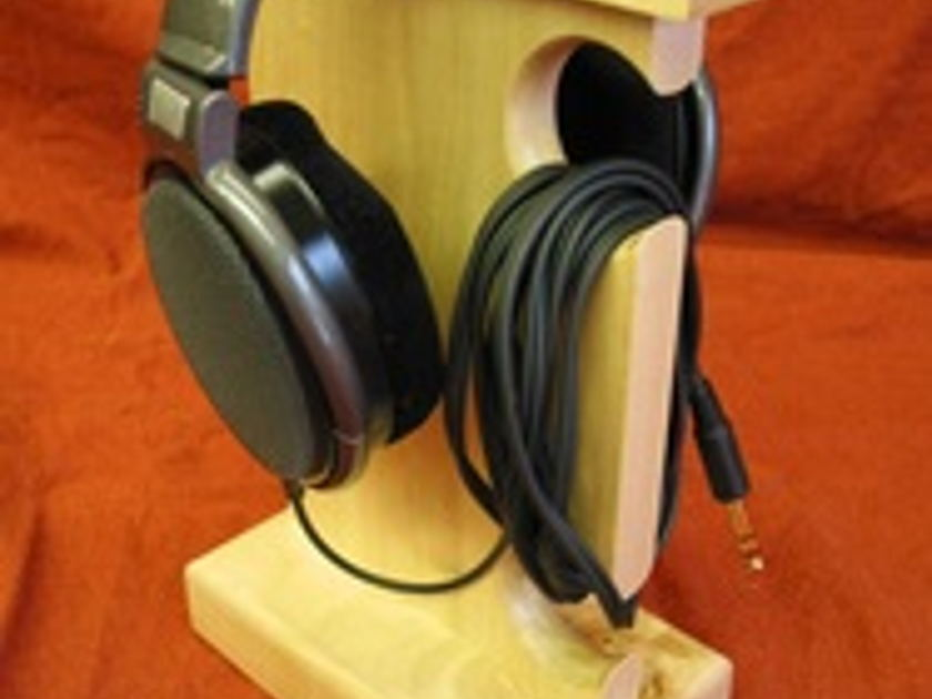 Audio Elegance heapdphones, stand, rack shelf,  holder