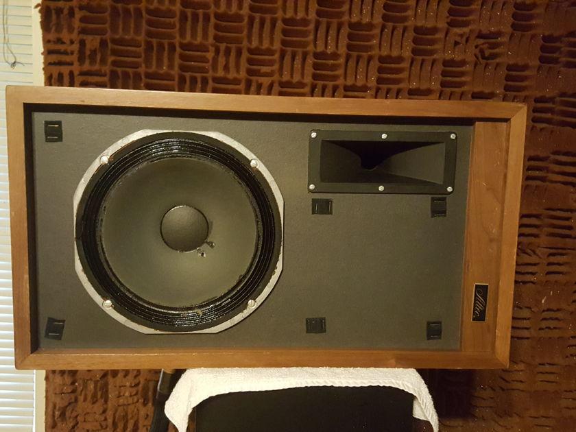 Altec Lansing  892A Mandera, made in Anaheim,California USA  RARE  MONITOR'S