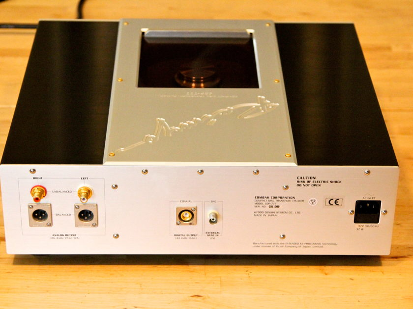 Combak Harmonix Reimyo  CDP-777 SOTA CD player (shipping and PP included)