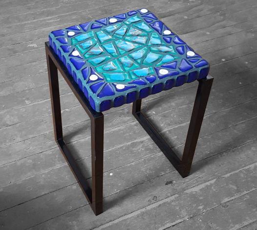 """Столик прикроватный из стеклянной мозаики """"Винтаж"""""""