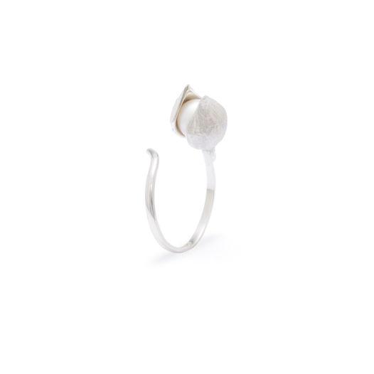 Кольцо Малый бутон Фуксии (закрытый). серебро, черный жемчуг