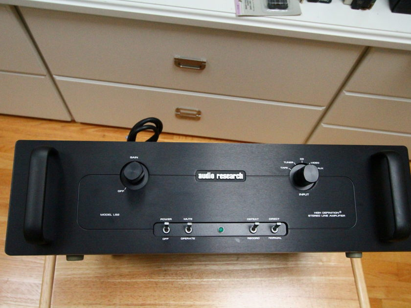 Audio Research LS2B preamp - balanced, hybrid, black Orig Owner