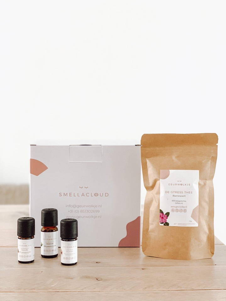 Smellacloud essential oils