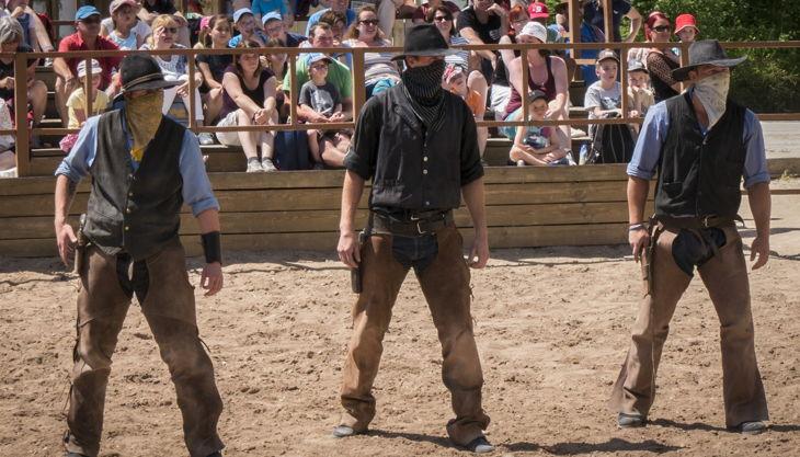 schloss thurn cowboy duell