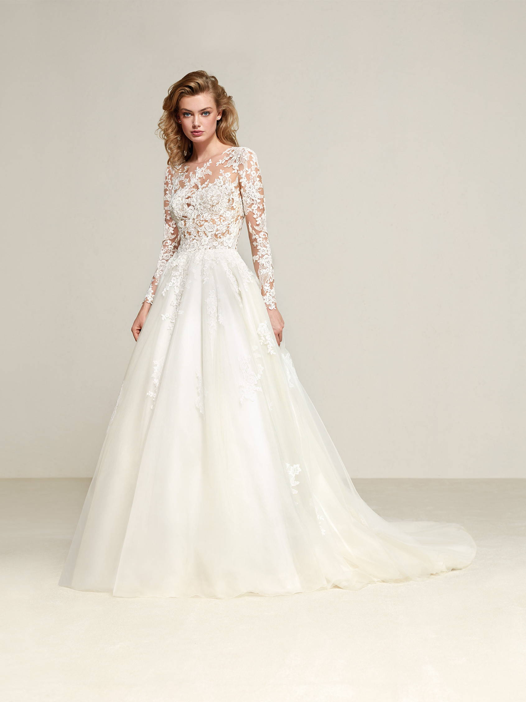PRONOVIAS DRIZANA WEDDING DRESS