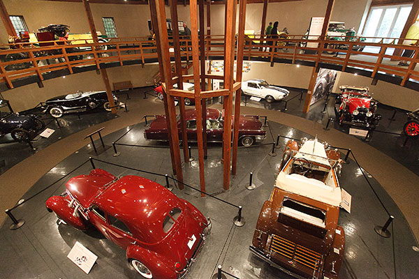 Heritage Museums and Gardens – Automobile Gallery