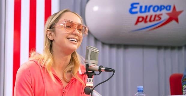 Мари Краймбрери провела утро с «Бригадой У» на «Европе Плюс» - Новости радио OnAir.ru