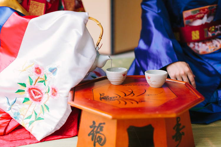 KOREAN TRADITIONAL PAEBAEK TEA CEREMONY