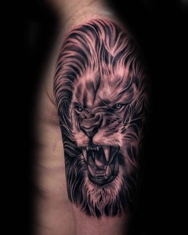Tatouage Lion en Rugissement Hommes