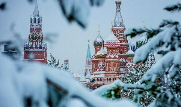 Обзорная экскурсия «Легендарная Москва»