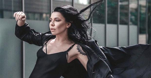 Певица Ёлка в шоу «Зона VIP»: о новом проекте, творческой мечте и новогодних подарках - Новости радио OnAir.ru