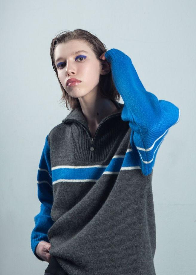Теплый винтажный свитер
