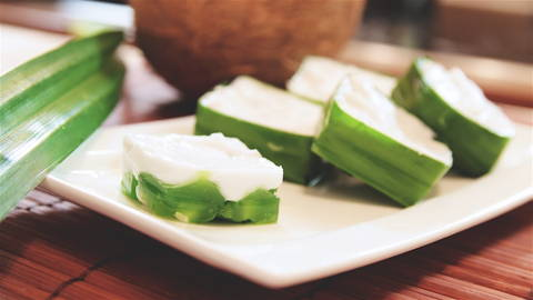 Malaysian Coconut Jelly Dessert