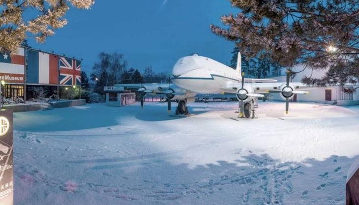 alliierten museum luftbrücken flugzeug