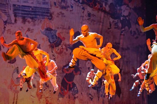 Кунг-Фу шоу в Красном Театре